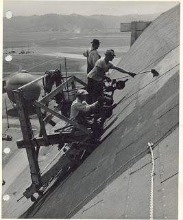 Reroofing_Hangar_B_1945[1]